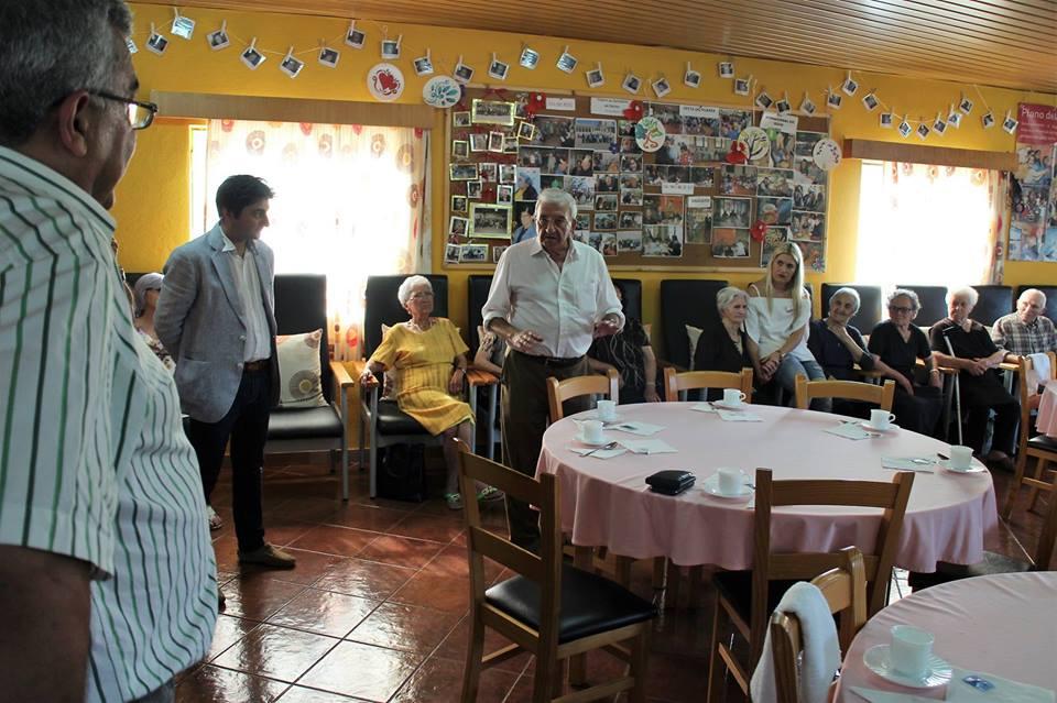 CENTRO DE DIA DE SECARIAS RECEBE VISITA DA COMITIVA DO PARTIDO SOCIALISTA